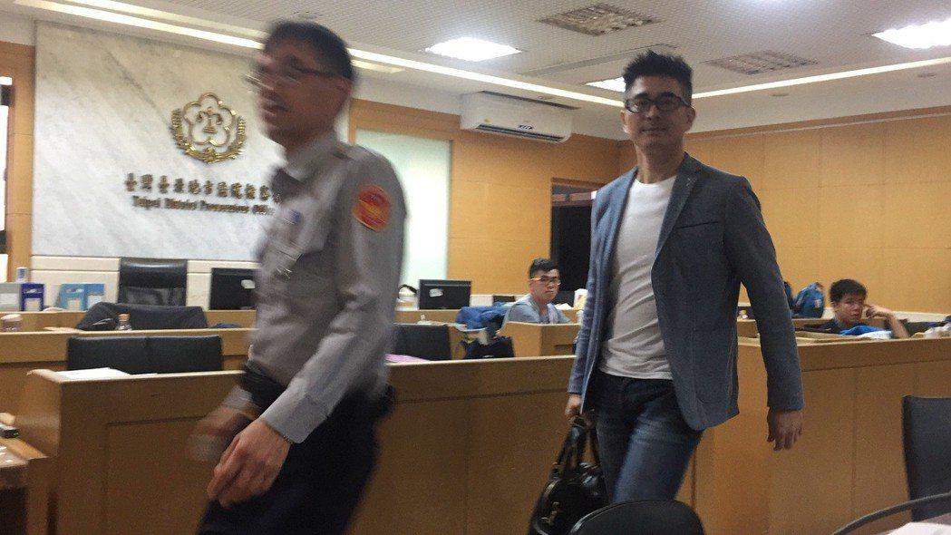 藝人邵昕酒駕,5萬元交保後,向社會大眾致歉,說「我會好好檢討」。記者賴佩璇/攝影