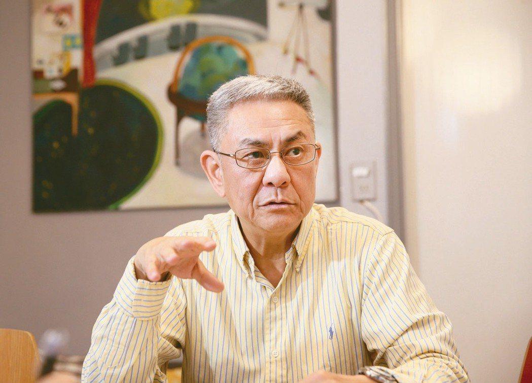 已退休的專業經理人程天縱表示,早點放手,讓青世代開始歷練,台灣才有希望。 記者陳...