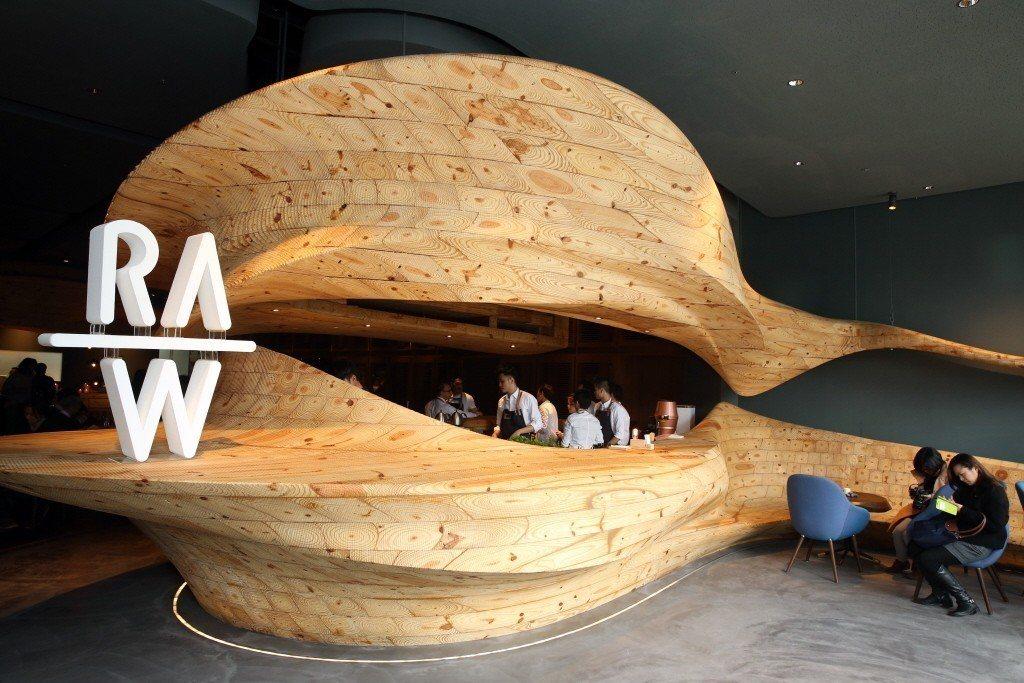 由名廚江振誠主持的RAW餐廳。本報系資料照/記者邱德祥攝影