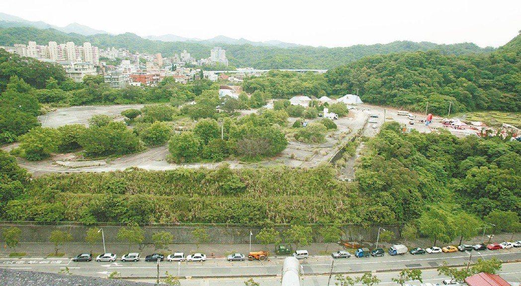 美國在台協會(AIT)台北辦事處新館場址在內湖,占地6.5公頃,用地比去年落成的...