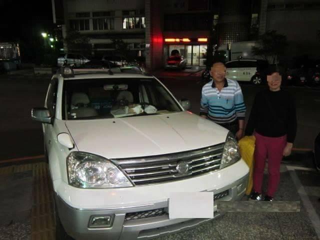 台中市西屯區林姓夫妻日前把休旅車停在停車場忘記停放位置,以為車輛遭竊,尋求警方協...