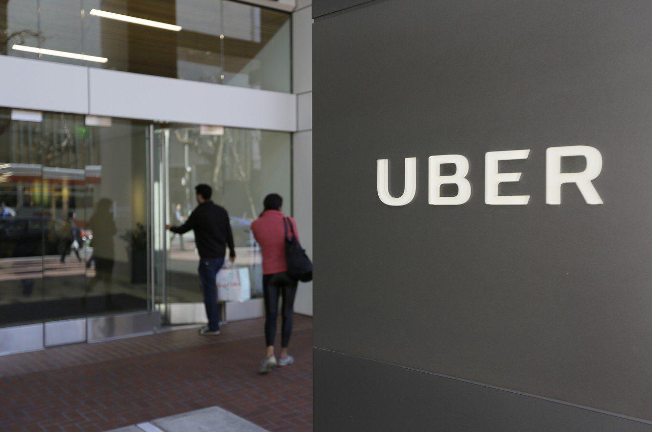 路透報導,發生在美國亞歷桑納州坦佩市的自駕車致命車禍,責任可能不在Uber。圖為...