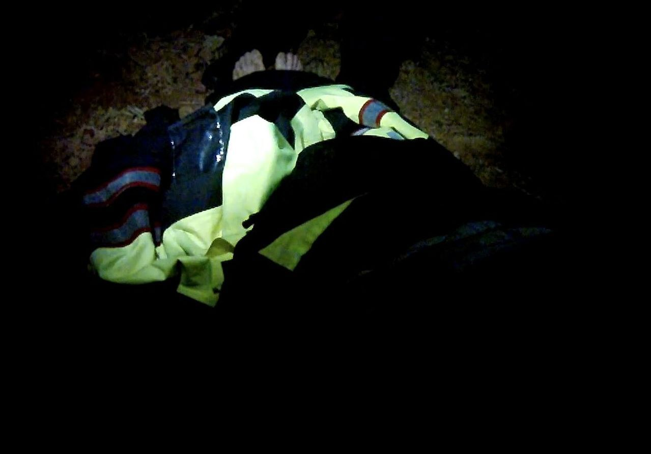 桃園市80歲朱姓老翁深夜走失,警方在寒夜雨中搜尋6個小時,終尋獲失溫倒臥土堆老翁...