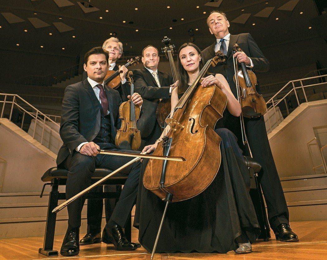 二○一六年創下完售佳績的柏林愛樂弦樂五重奏,今年七月再度來台演出。 圖╱聯合數位...