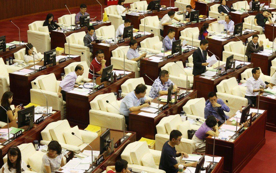 國民黨黨內大老直言,台北市議員提名,更重要布局應是著眼在未來的議長選舉。 圖/聯...