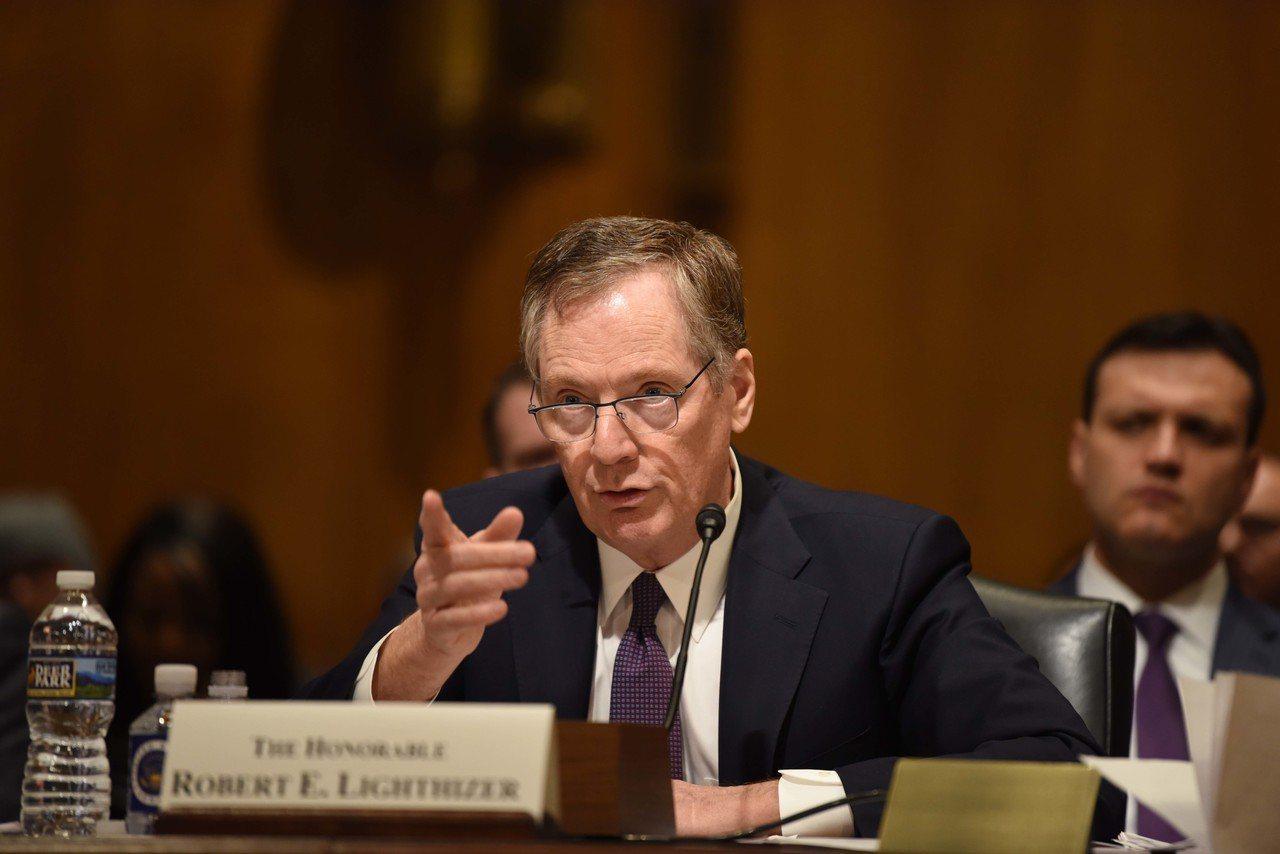 當地時間3月22日上午,美國貿易代表萊特希澤在參議院財政委員會的聽證會上,闡述美...