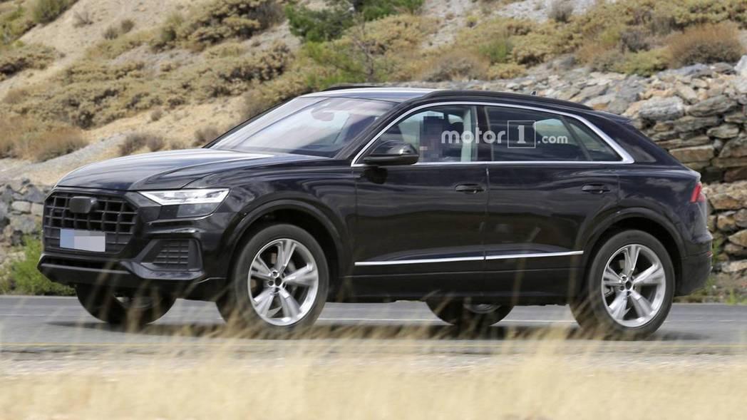 圖為無偽裝的Audi Q8。 摘自Motor 1