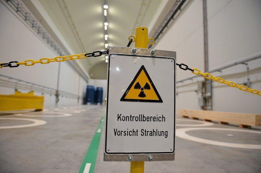 德國的「能源轉型」,目前碰到很大的障礙。如何抑止電費上漲、如何維持穩定的電力供需...