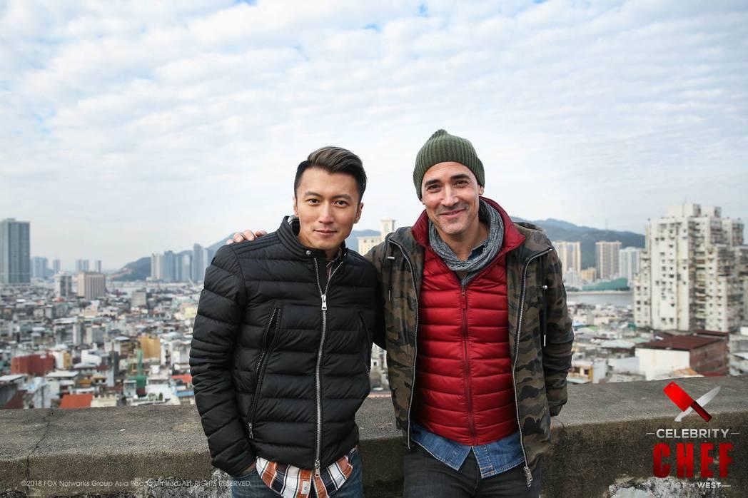 謝霆鋒與大衛洛可合作新節目「名廚爭鋒」。圖/Star World提供