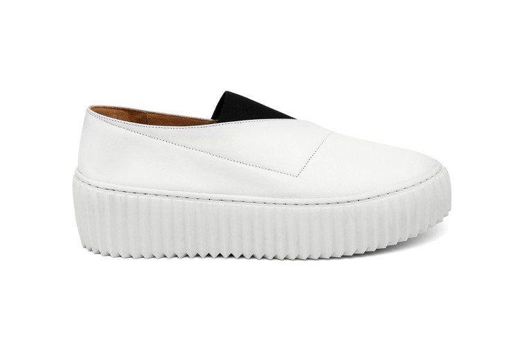 ISSEY MIYAKE x UNITED NUDE的Wrap白色休閒鞋,售價1...