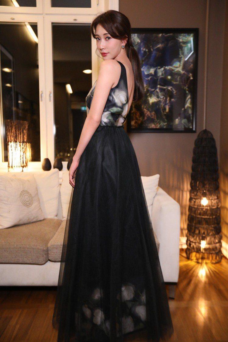 林志玲身穿由柑橘纖維製成的H&M特別訂製款禮服。圖/H&M提供