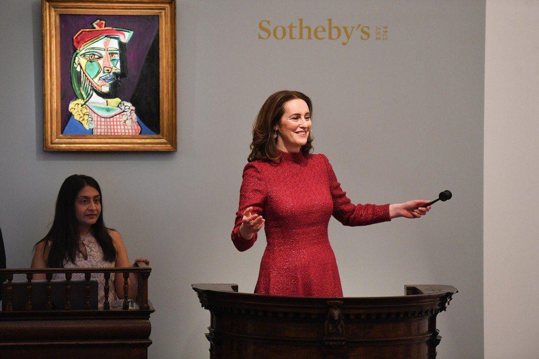 畢卡索「瑪莉·德雷莎」肖像畫巨作在蘇富比以4,980萬英鎊成交,創下歐洲歷來成交...