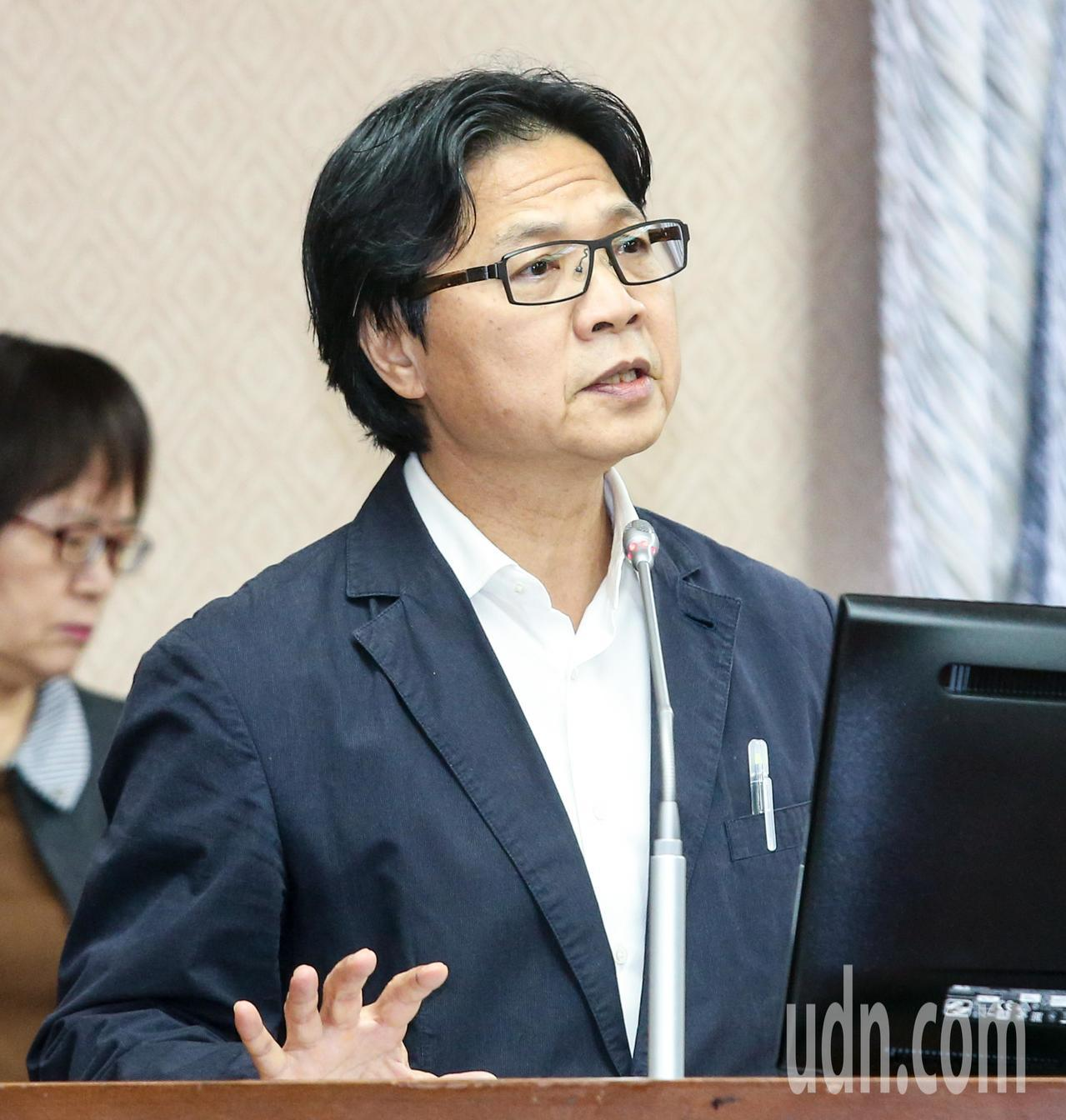 內政部長葉俊榮(圖)接受備詢。記者鄭清元/攝影