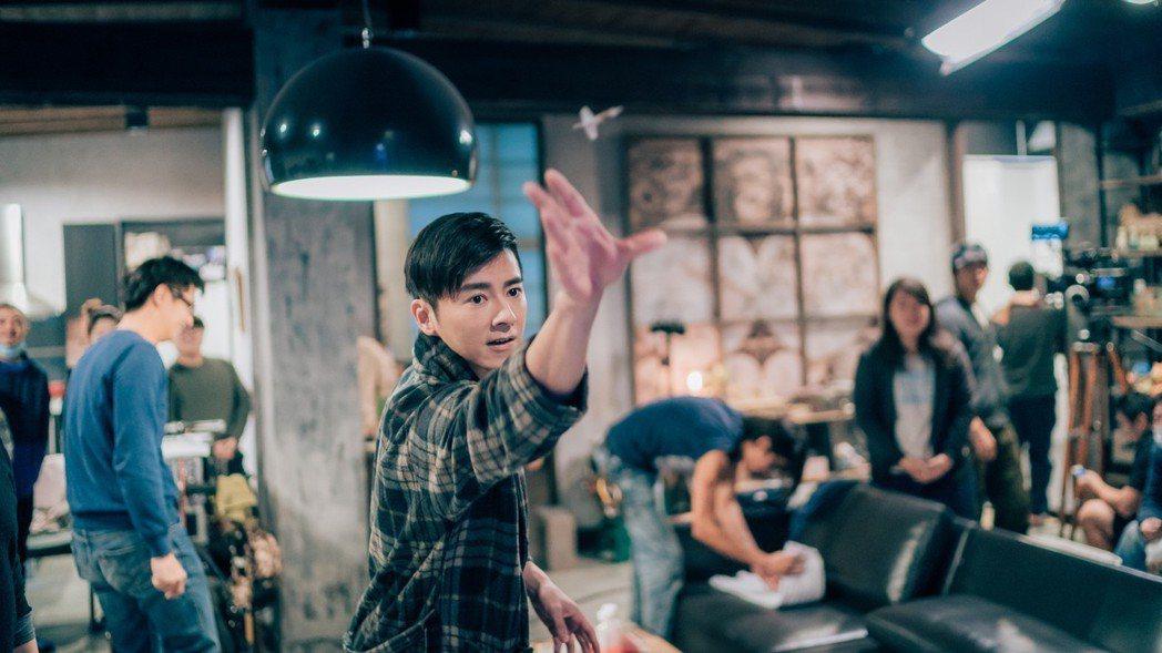 李國毅成為「神射手」,幫工作人員向導演謀福利。圖/歐銻銻娛樂提供