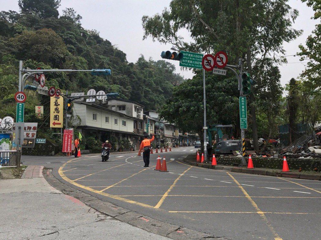 清明節掃墓即將來到,台北市部分墓園週標將執行交管。圖/台北市交通警察大隊提供