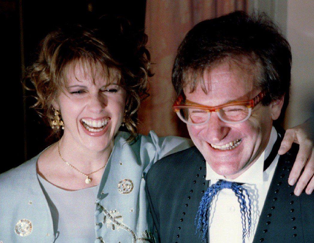 潘道柏與羅賓威廉斯多年後再重逢,依舊有說有笑。圖/路透資料照