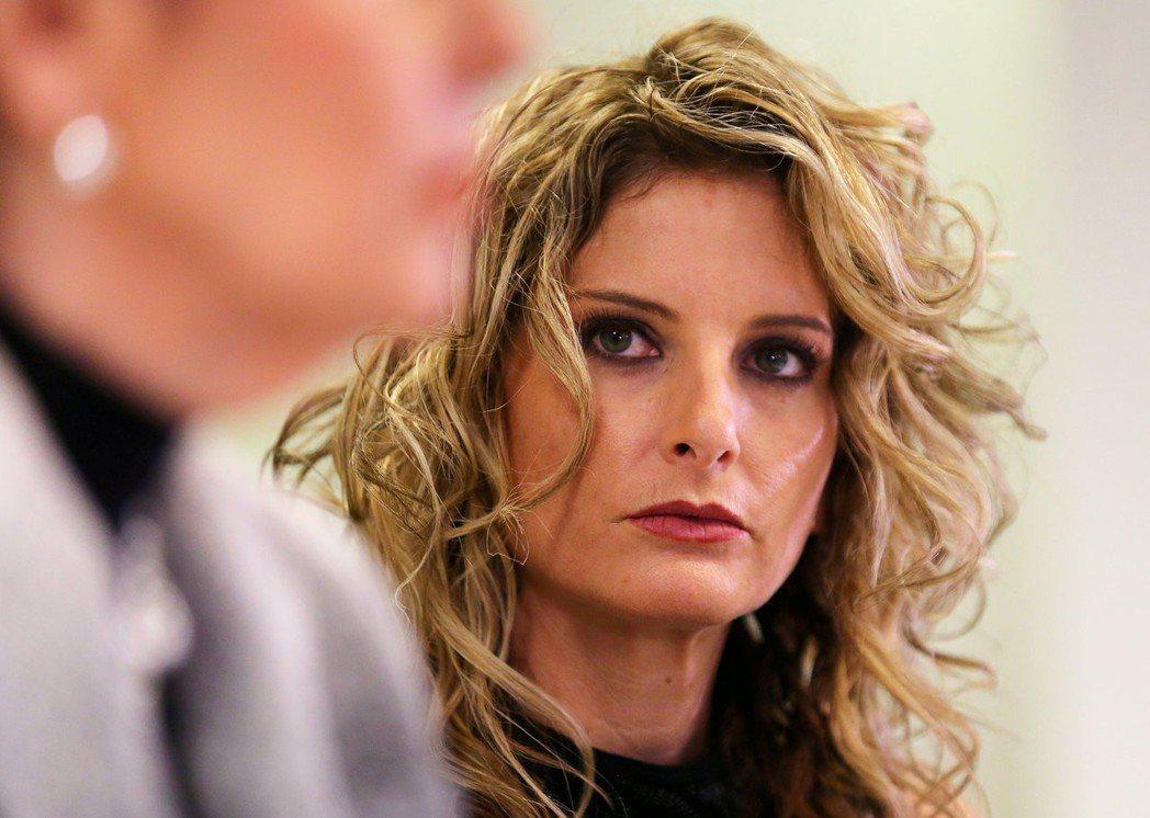 桑默‧澤沃斯在美大選期間,指控川普對她做出不恰當的性挑逗。 (路透)
