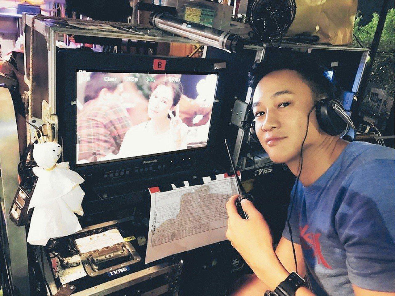 何潤東新戲「翻牆的記憶」擔任導演,才華被看見。圖╱TVBS提供