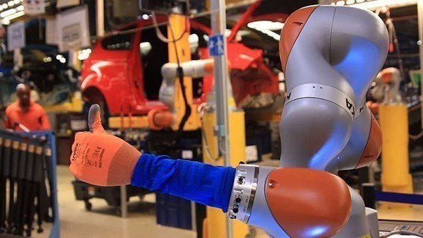 圖1 : 更精密、更可靠及更高生產力的機器手臂,已然成為各國發展的重點。(Sou...