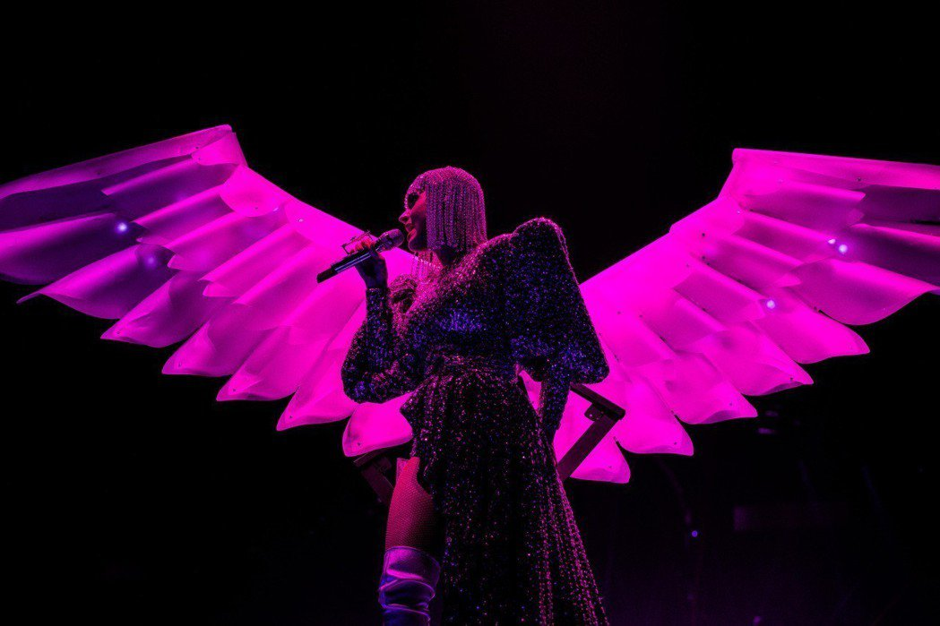凱蒂佩芮即將帶著5萬公斤的高規格道具來台開唱。圖/芬達整合行銷提供