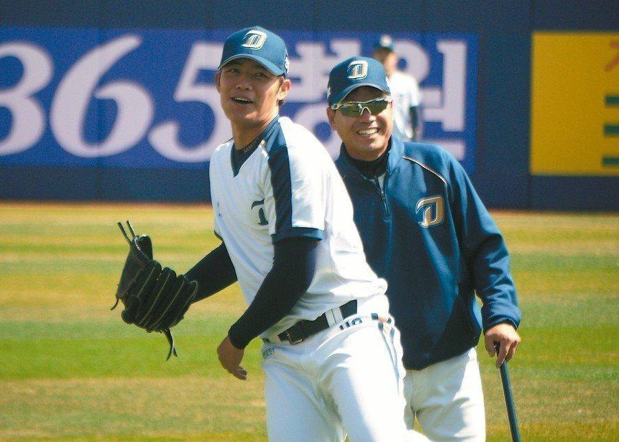 王維中(左)將在今天下午韓職初登板。 記者吳敏欣/攝影