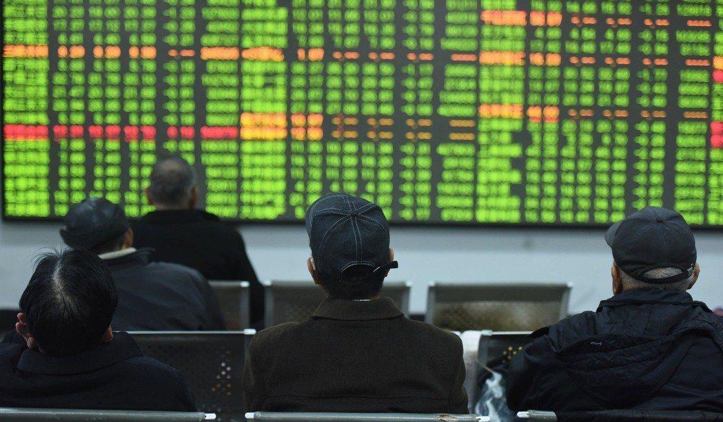 騰訊控股創下2011年以來最大的兩日跌幅,受到中美貿易戰開打,加上大股東Nasp...
