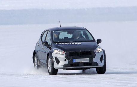 這輛Ford Fiesta好像有點高 難道也要變身SUV?