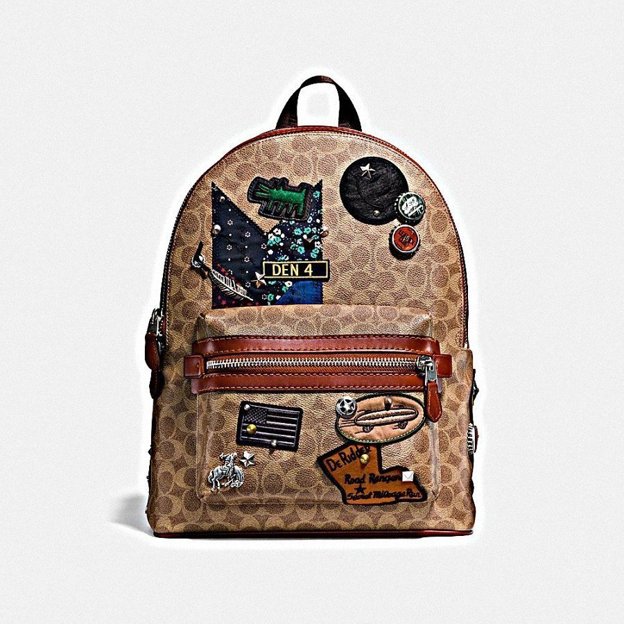 Backpack後背包,售價27,800元。圖/COACH提供