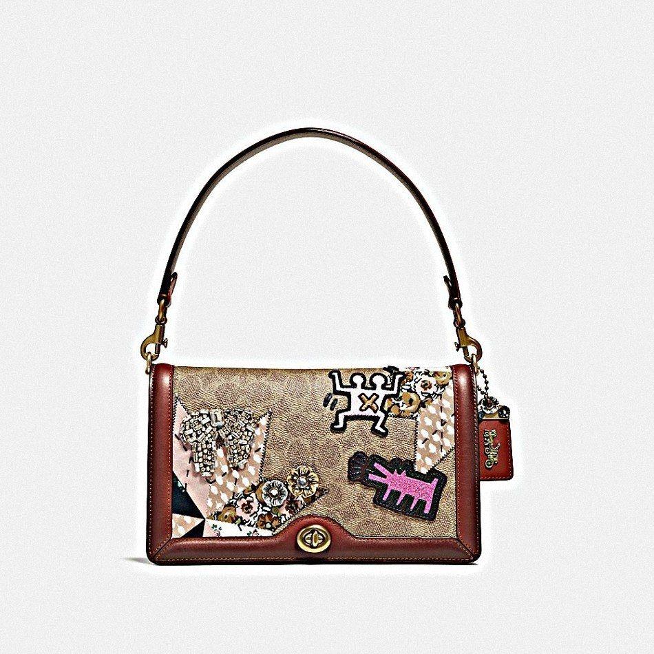 Riley手袋,售價25,800元。圖/COACH提供
