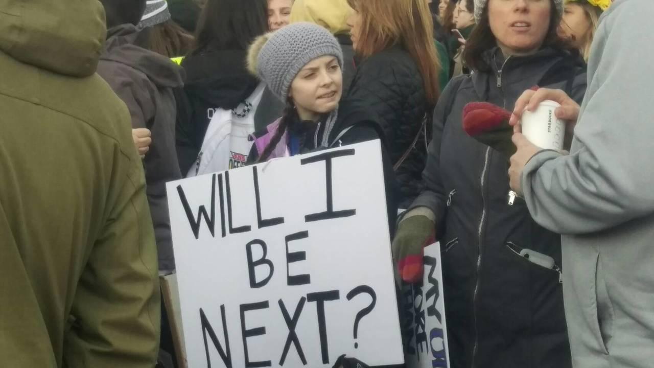 「受夠了」波士頓遊行由學生主導發言。 康錦卿/攝影