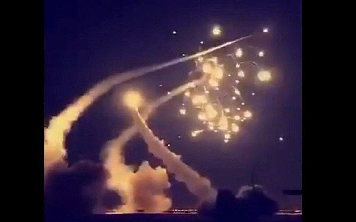 沙烏地升空攔截的愛國者飛彈。 圖/قناة شطحات
