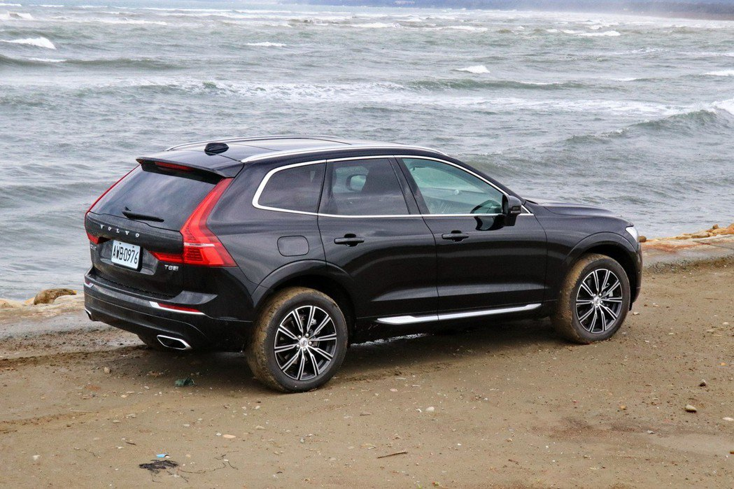 Volvo XC60 T8擁有邁向未來的特質。 記者陳威任/攝影