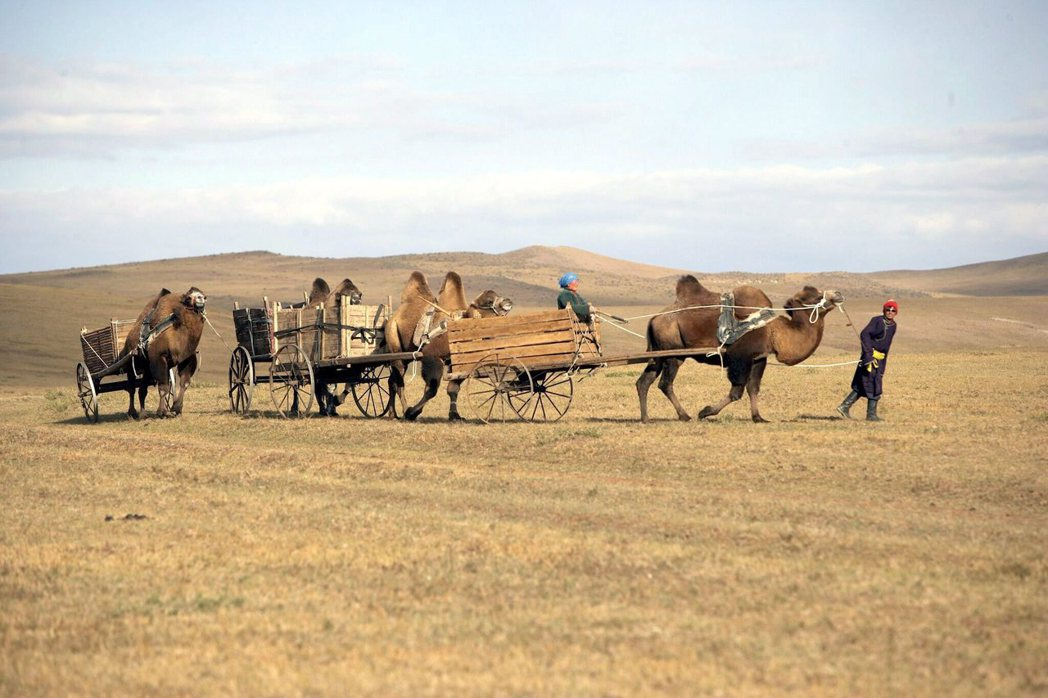游牧民族的文化裡,沒有地域、家鄉的觀念。蒙古包立在哪裡,哪裡就是家鄉。 圖/美聯...