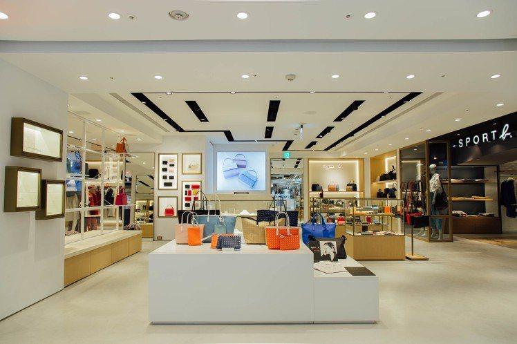 agnè s b. 高雄首家概念店選在漢神百貨B1開幕,以質樸的原木色調與純淨的...