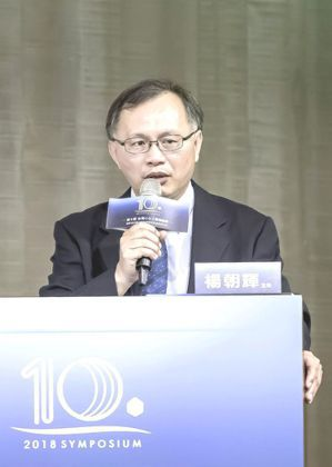 光田綜合醫院胸腔內科主任楊朝輝。 台灣褐藻醣膠發展學會/提供