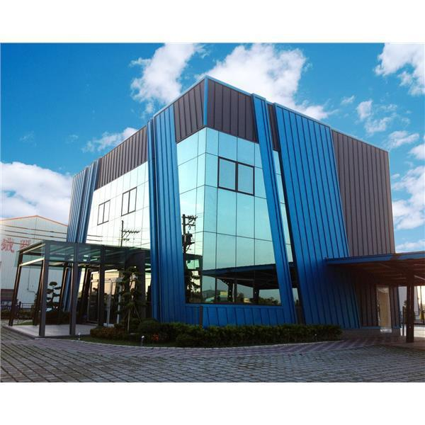 採用Novelis氧化鋁合金打造而成的祥鑫鋼鐵廠房,具獨特建築風與美感,為台灣建...