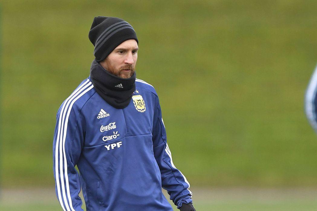 阿根廷國家足球隊隊長梅西表示他們這一代國家隊員在本屆俄羅斯世界盃足球賽,目標只有...