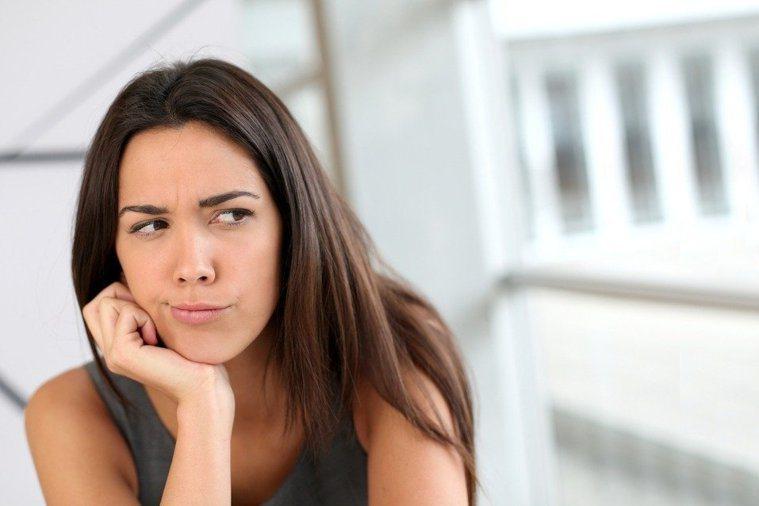 照護保險可以從家屬的帳戶裡扣款,我該提供帳戶嗎? 圖/ingimage