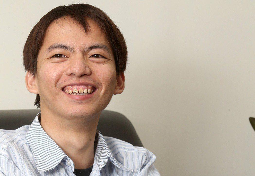 王景弘曾在台北市長選舉中協助柯文哲處理網路策略事宜。 圖/聯合報系資料照片