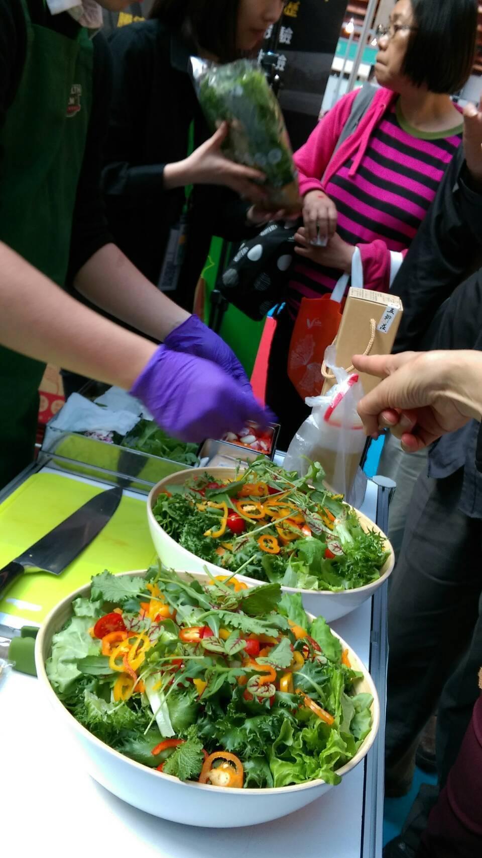 「種一顆好蔬菜、自已健康自已來」。找回健康的蔡文清現本著這樣的理念,要讓大家都能...