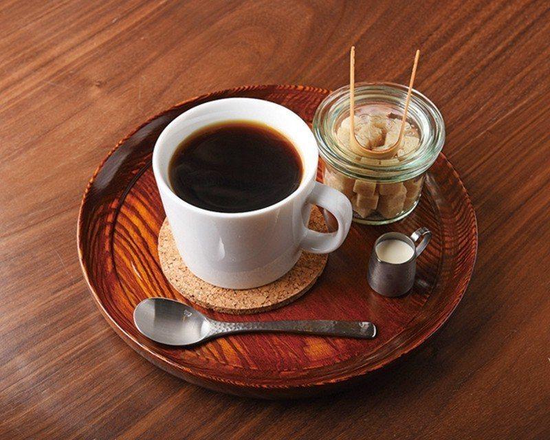 ブレンド(特調咖啡)¥500/嚴選哥倫比亞、瓜地馬拉等3種咖啡豆調和出絕佳風味,...