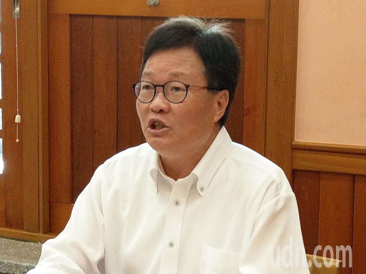 宜蘭縣代理縣長陳金德說,中國青年救國團拿「陳金德」三個字核發的獎狀,他深以為恥。...
