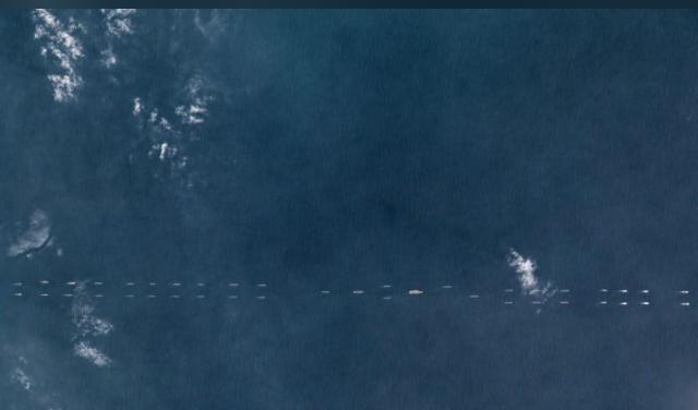 2018年3月26日的衛星照片顯示中國海南以南的中國船隻。圖/擷自REUTERS