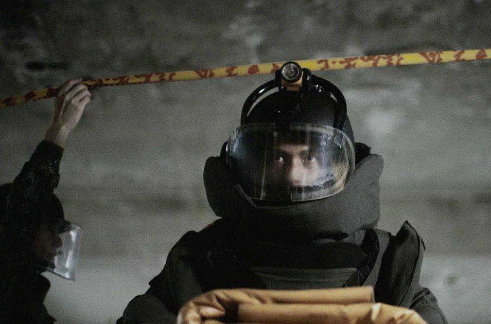 國防部推出青年節短片,強調軍人工作雖然辛苦、風險高,但總是有人要去做。圖/擷自國...