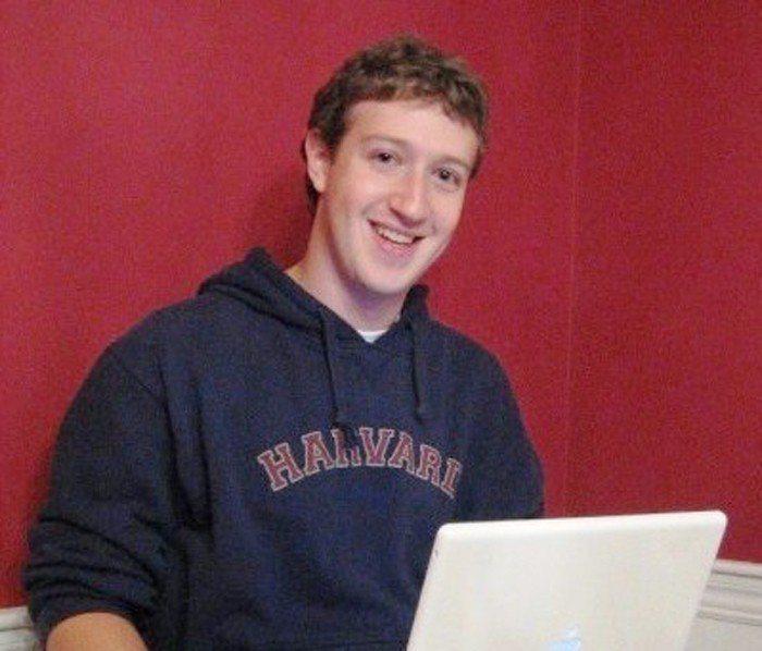 洩密事件讓各國政府對臉書和祖克柏提出要求,甚至有意傳喚他。 維基百科