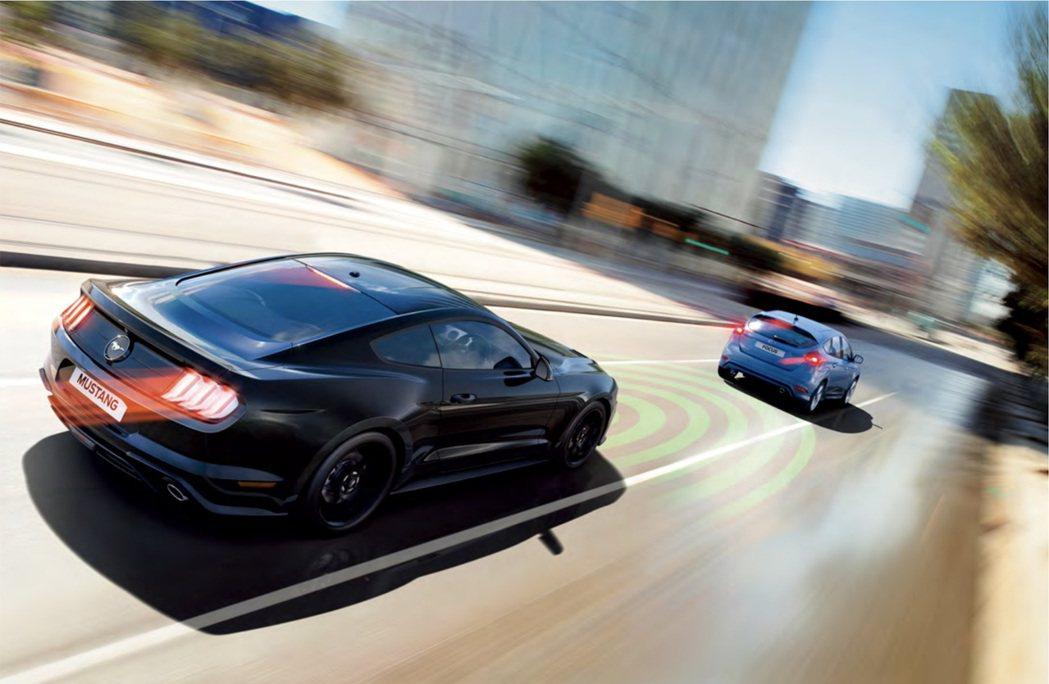 野馬熱力來襲!Ford Mustang連三年獲雙門跑車銷售冠軍。 圖/福特六和提...
