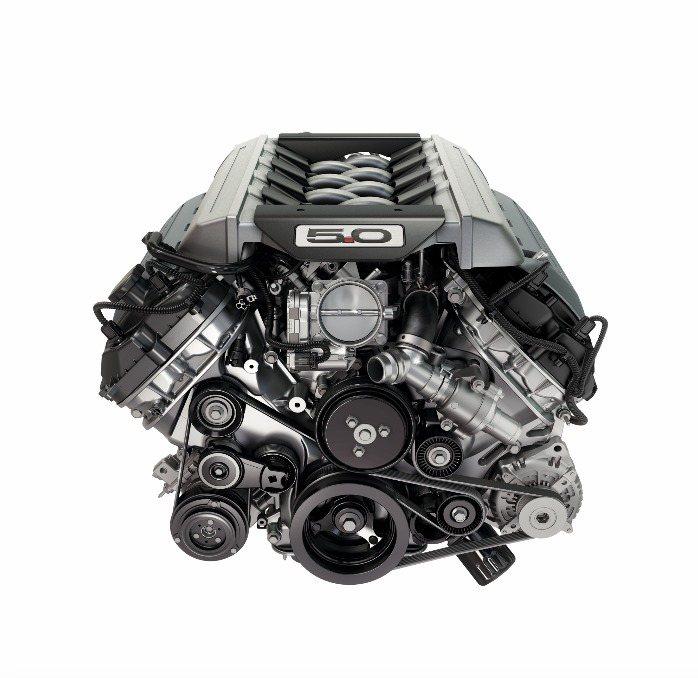 2018 New Ford Mustang提供EcoBoost 2.3L雙渦流渦輪增壓汽油引擎及5.0L V8自然進氣缸內直噴汽油引擎兩款動力編成。 圖/福特六和提供