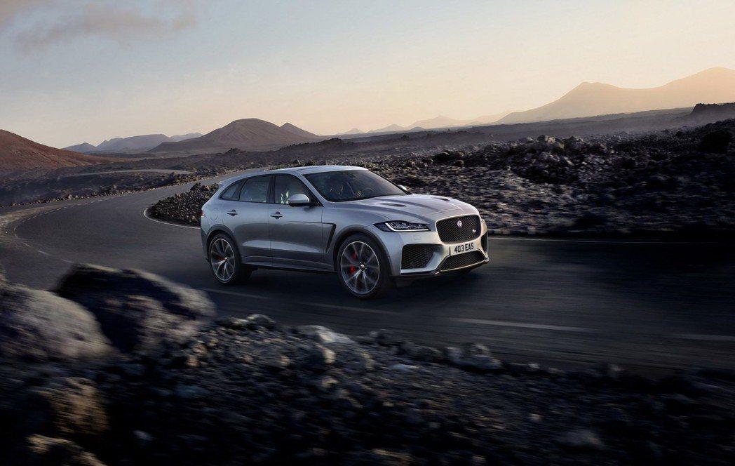 F-Pace SVR 已經不是跑格化,是真材實料的跑車。 摘自Jaguar