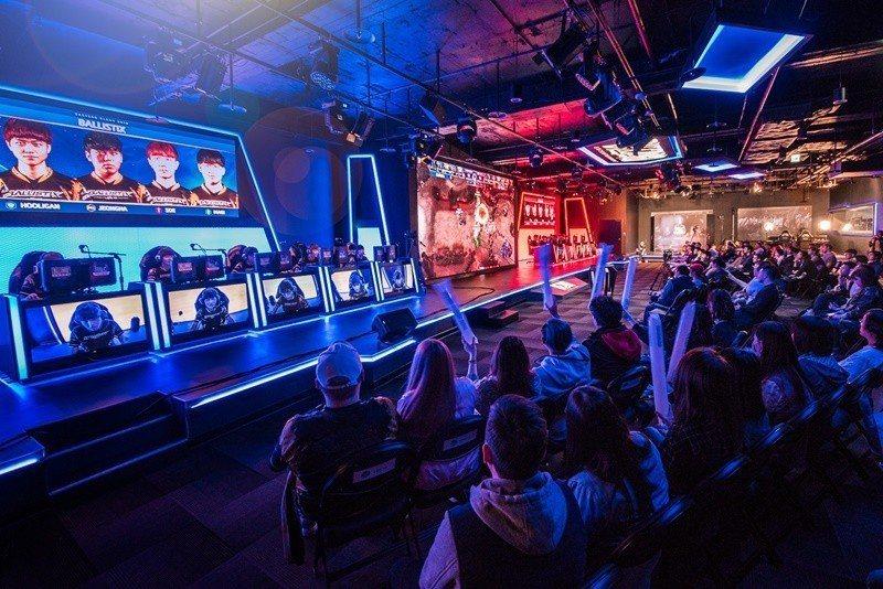 Ballistix 致力於提供遊戲玩家最直覺、靈敏的遊戲體驗,也積極支持電競產業...