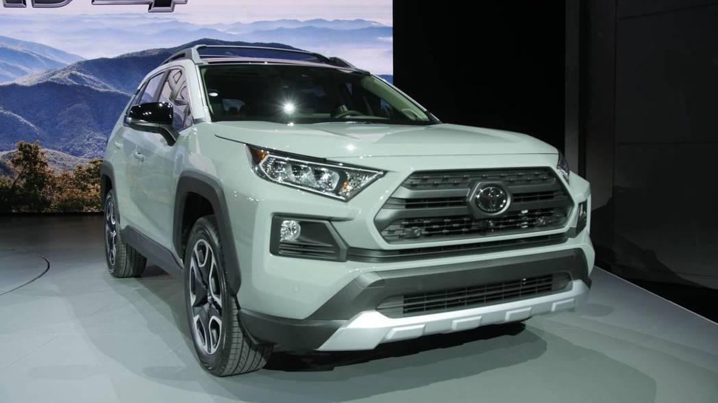 圖為新世代Toyota RAV4 摘自Motor 1